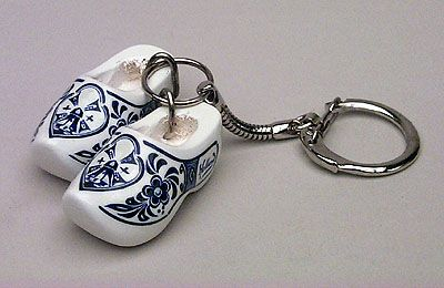 Keychain 2 Clogs Delft Blue Mill