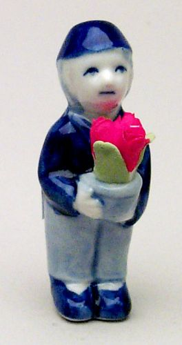 Figurine Dutch Boy with Tulip 2inches Tall
