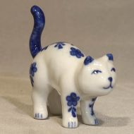 Mini Cat Tail Up 1 3/4 inch high